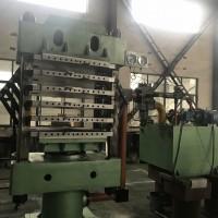 300TEVA四柱式发泡硫化机